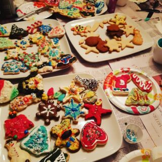We celebrated our first #Christmas cookie decorating party yesterday! Definitely lots of sugar, but the holidays are meant to be sweet.  Hope everyone has a wonderful Christmas! 🌲🎅 . . . . . . . .  #cookiedecorating #holidayparty #icing #sweets #christmastree