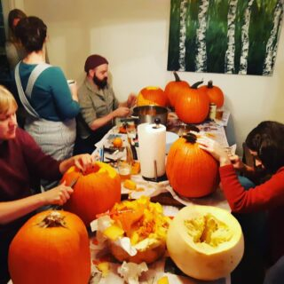 Pumpkin Fest 2019.  Celebrating #halloween by carving pumpkins, eating chilli and listening to halloween music. 👻🎃